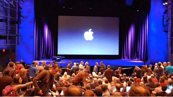 iPhone 6s in apple event 2015